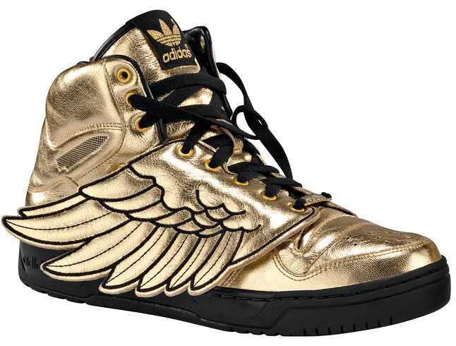 http://egotisticegotism.files.wordpress.com/2009/06/jeremy-scott-for-adidas-metro-attitude-wings-3.jpg