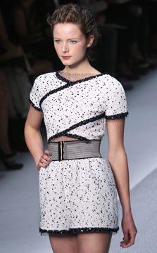 picsrv-1.fashionweekdaily.com