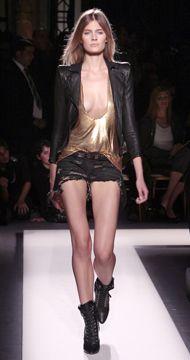 picsrv-8.fashionweekdaily.com